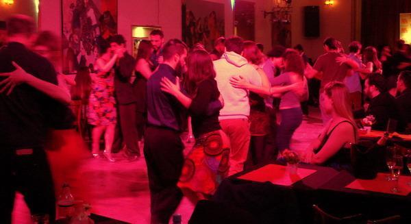 La Nacional Show de Tango en Buenos Aires milonga luego del show