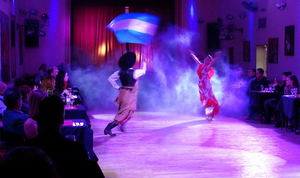 La Nacional Show de Tango show folklórico con gaucho