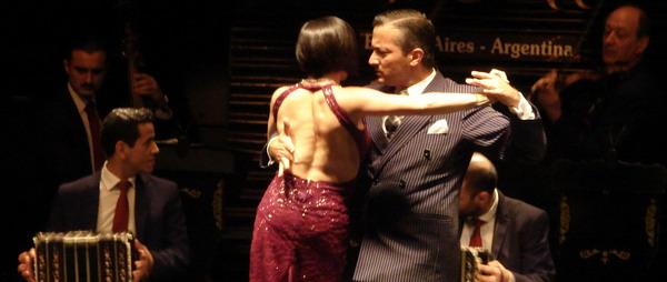 La Ventana Tango San Telmo pareja de bailarines