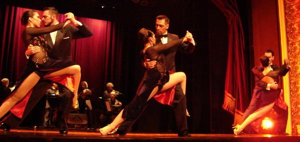 Piazzolla show de Tango cuerpo de baile