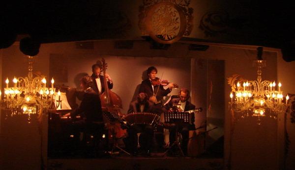 Cafe de los Angelitos Tango show Buenos Aires orchestra