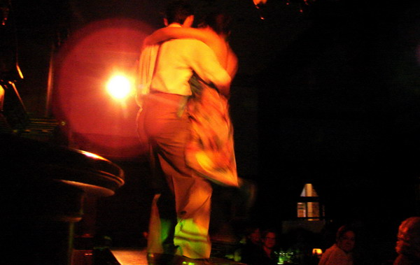El Querandi Tango show Buenos Aires tango couple dancing over the bar