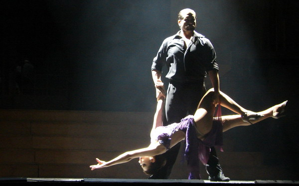 Tango Portenho Show de Tango em Buenos Aires e tango apaixonado