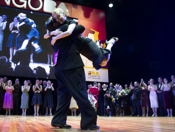 /el-querandi-tango-show-buenos-aires-the-world-champions-celebrating